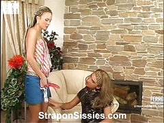 Stephana&Gilbert female clothed pair in action