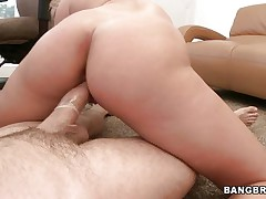 young blonde rides shlong and gets facial