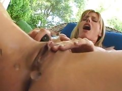 Alluring Darryl Hanah squirts slit juice