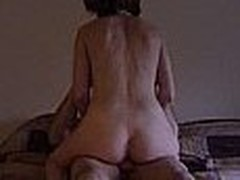 Older woman gets fucked