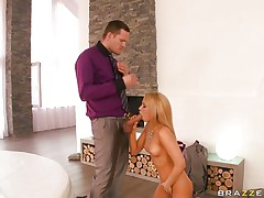 hawt blonde sucks a big cock