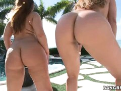 Big titted curvaceous women Monique Fuentes and Lexxxi Lockhart team up to display their large bare bottoms. They give outdoor large ass show shaking their nice juicy butts in the open air.