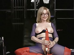 Nina Hartley likes tormenting her juicy soaked slot