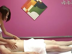 Usual massage turns out to be a kinky fucking action